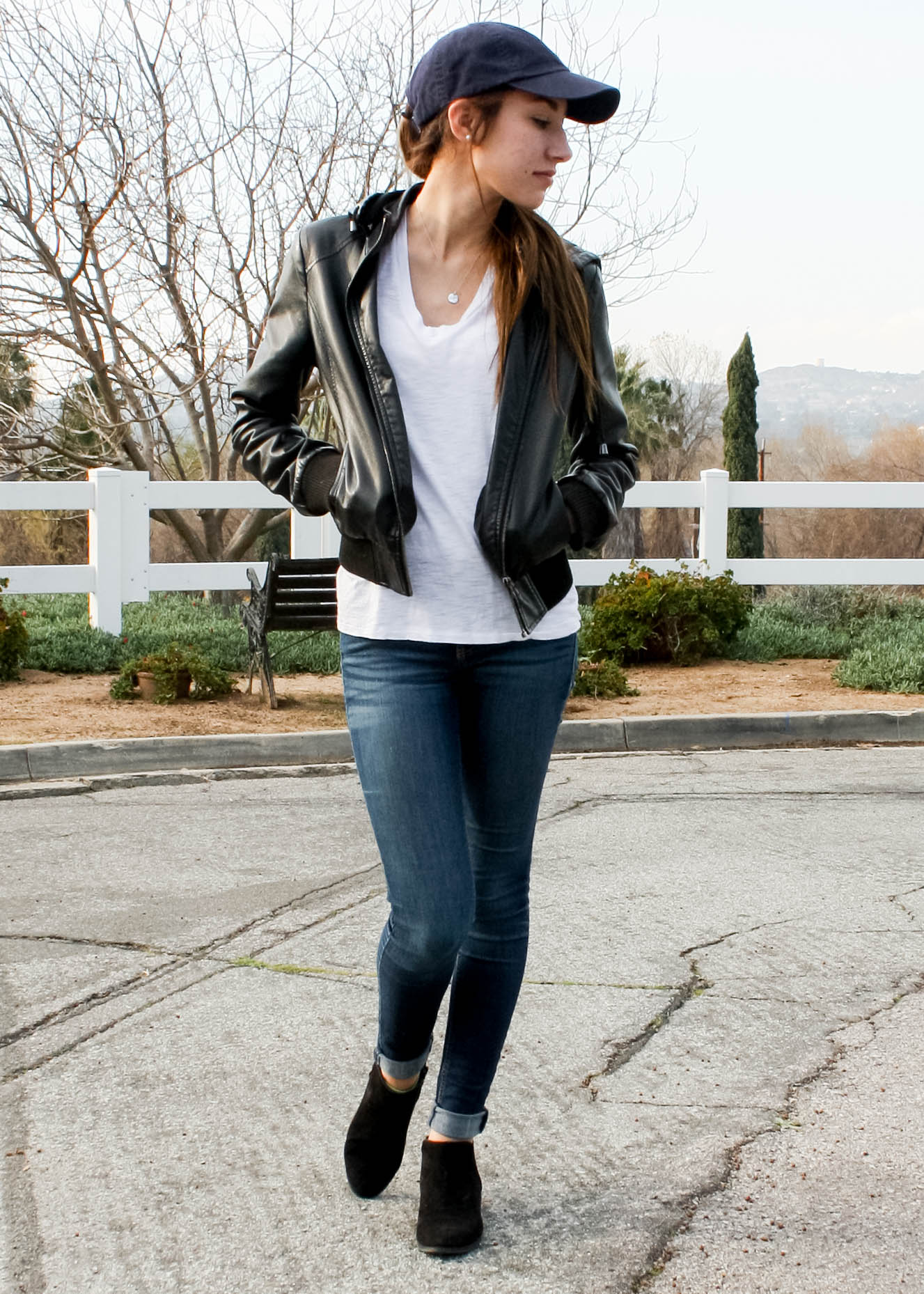 Black Leather Jacket Outfit Inspo