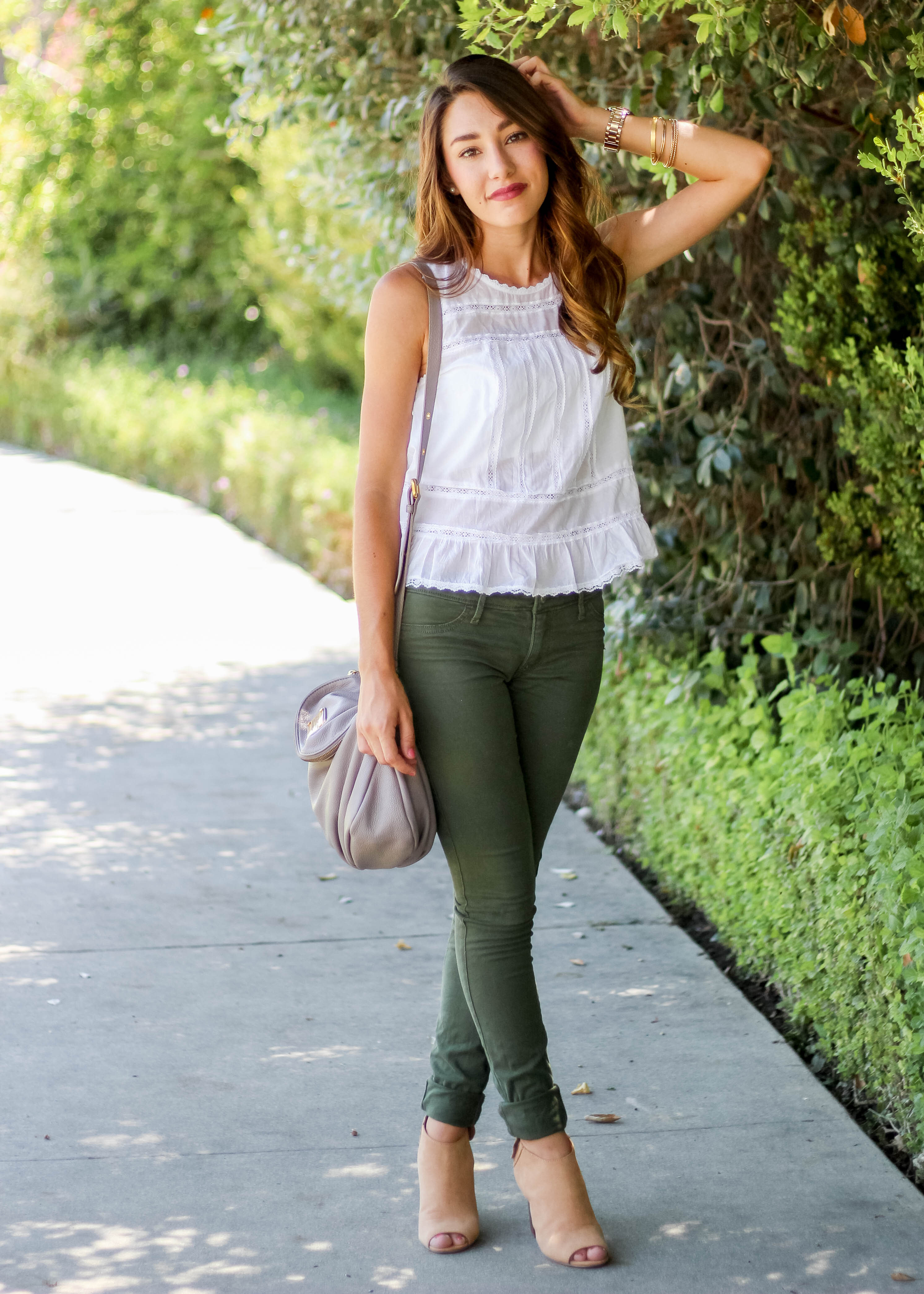 olive green jeans outfit inspiration