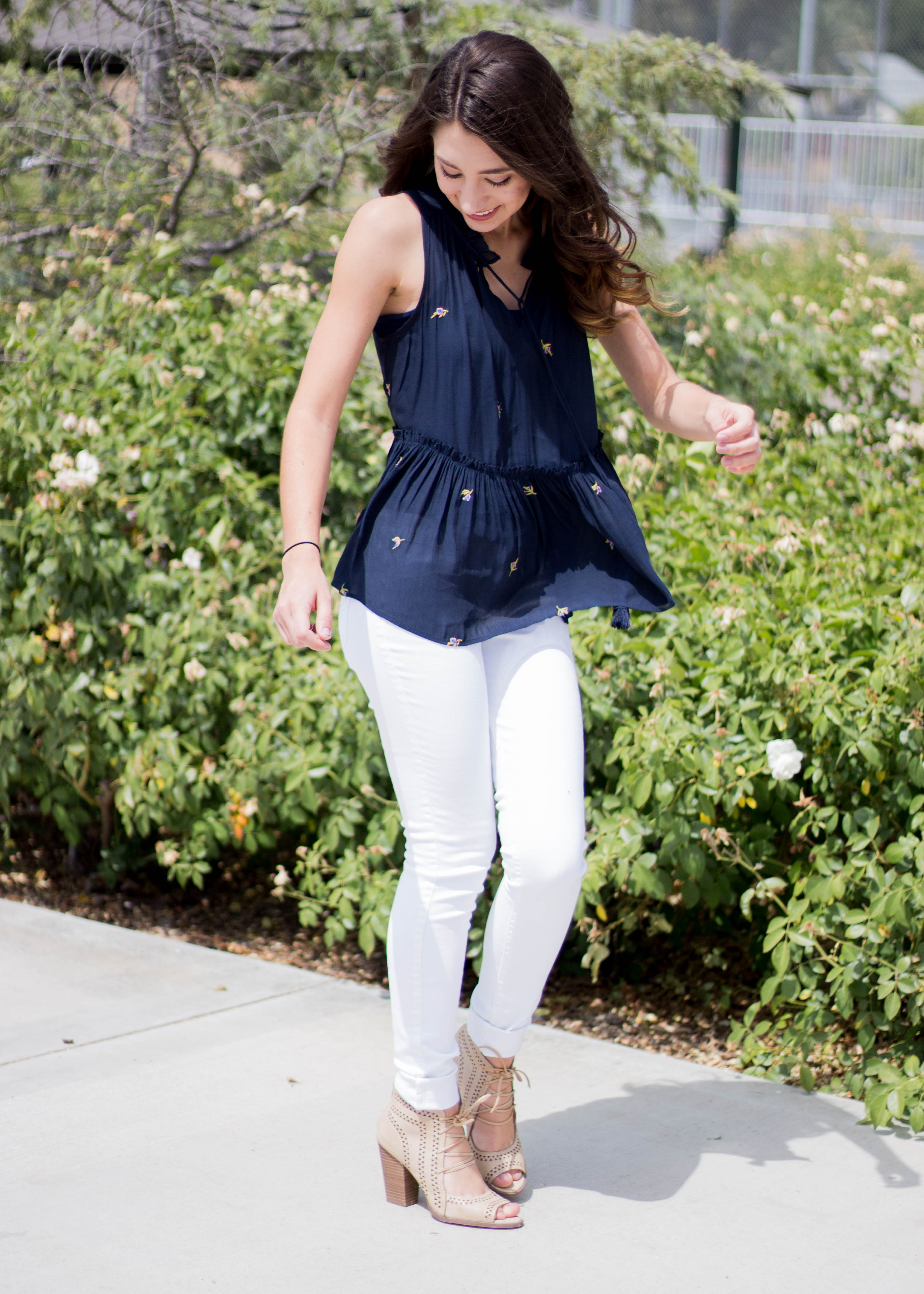 Moo's Musing white jeans