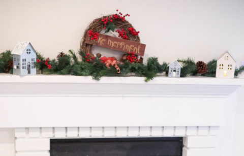 Christmas decor fireplace